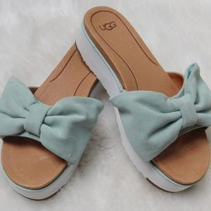 Like new UGG Mint Green Bow Platform Slides